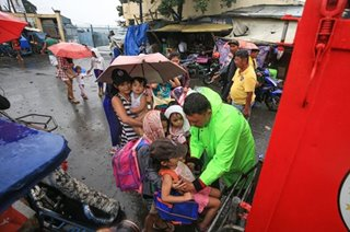 Evacuation in Manila coastlines as Tisoy nears