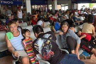 Libu-libong pasahero, stranded sa mga pantalan sa buong bansa dahil sa Bagyong Ursula
