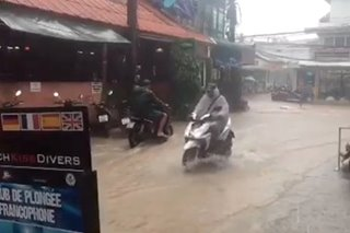 Floods, blackouts after Thai storm, but tourist islands spared