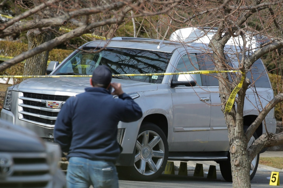 Mafia boss slain outside NY  home in grisly hit