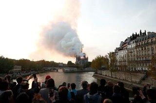Mga Pinoy sa Paris nagdadalamhati sa pagkasunog ng Notre-Dame Cathedral
