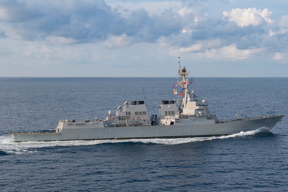 USA warship sails in disputed South China Sea
