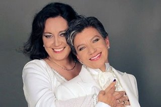 First woman mayor of Bogota marries girlfriend