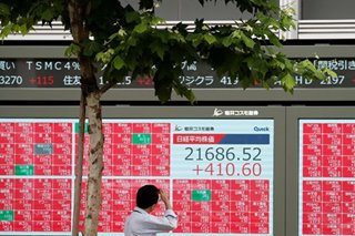 Asia stocks rise, dollar sags as Fed chair sets stage for rate cut