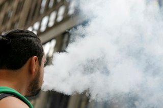 New York to ban flavored e-cigarettes after illnesses, deaths