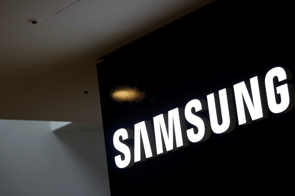 Samsung Electronics' Q3 earnings down 56%