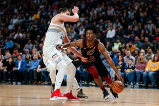 Jokic's latest triple-double extends Cavs' woes in rout