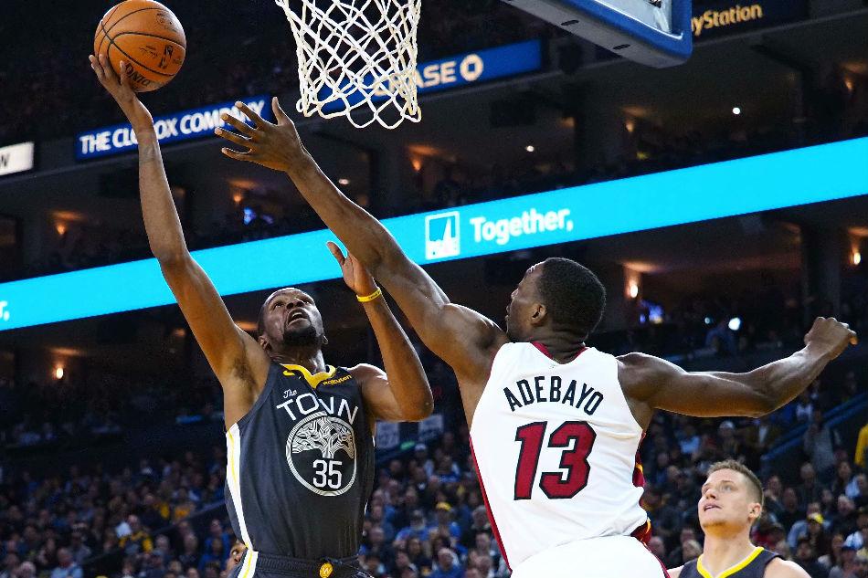 buy popular 0eb7d f830d NBA: Warriors survive hot-shooting Heat's comeback bid | ABS ...