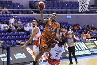 PBA: Meralco turns back gutsy Phoenix side minus coach, Calvin Abueva