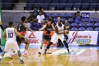 PBA: Meralco overpowers Phoenix for 2nd straight win