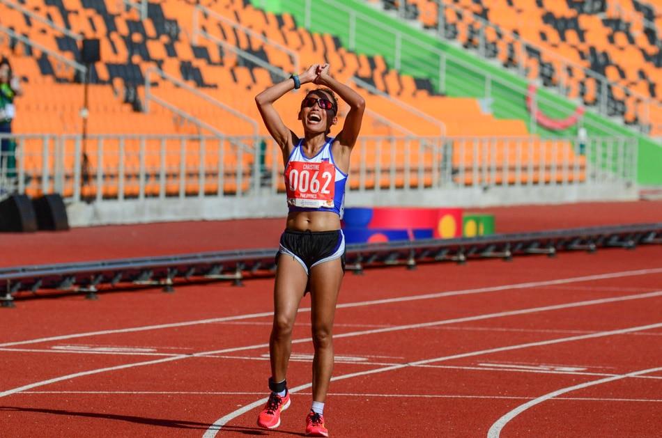 PH's Hallasgo wins gold in women's marathon