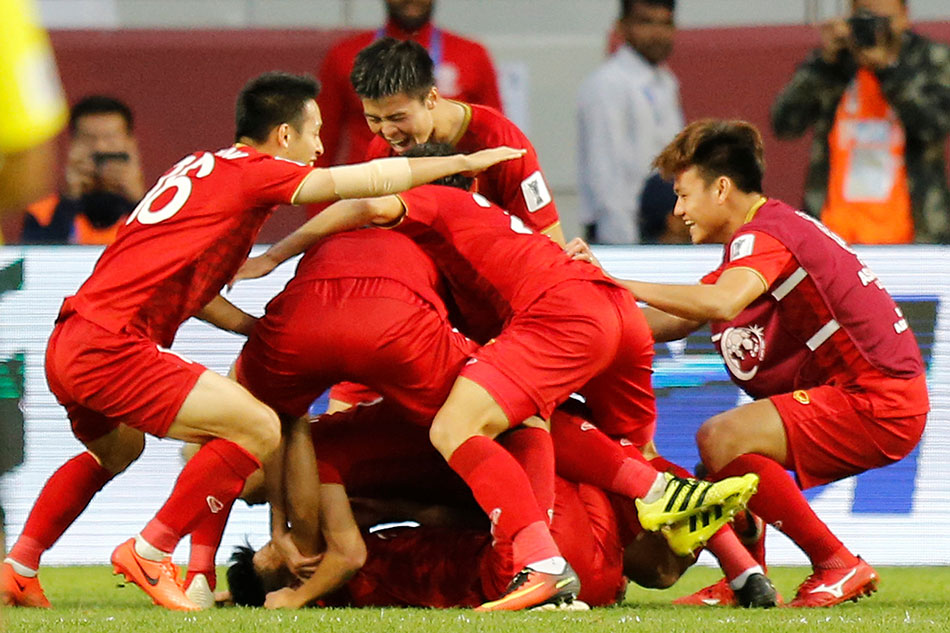 Football: Vietnam beats Jordan on penalties to reach Asian Cup quarters