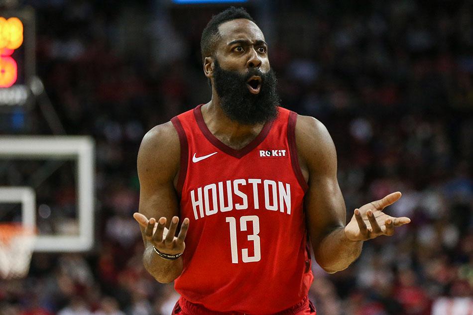 82425090cd3e NBA  Harden keeps streak alive as Rockets stop Raptors