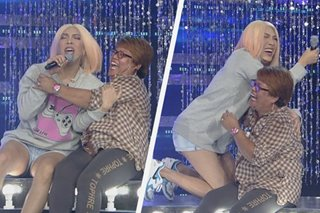 WATCH: Spontaneous 'wrestling' match between Vice Ganda, dancing fan brings house down