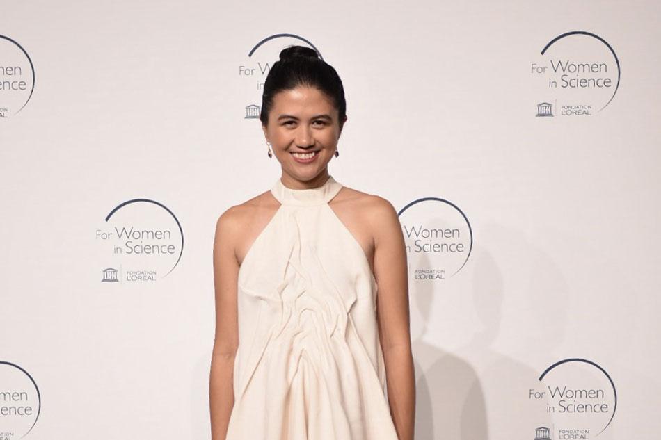 Filipina physicist receives international rising talent award 1