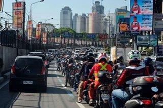 'Doble plaka' iprinotesta ng higit 50,000 motorcycle riders