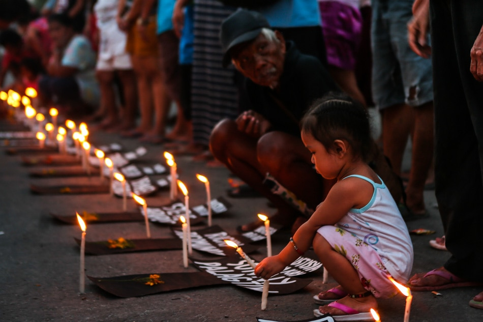 Kadamay lights candles for Negros 14