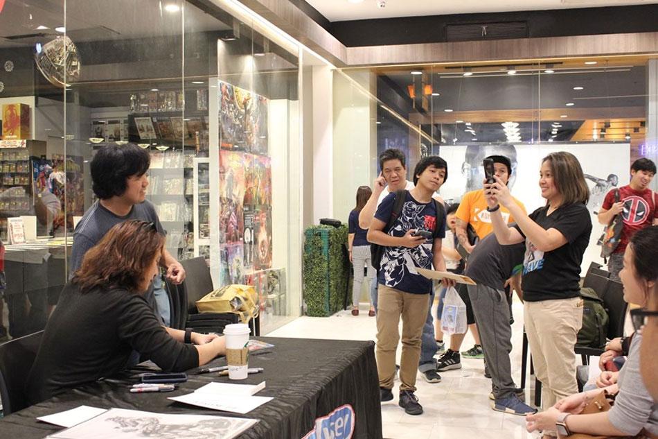Filipina superhero Wave comic launch, signing draws thousands of fans 5