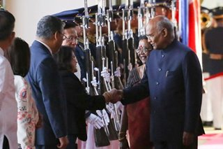 Indian president arrives in PH