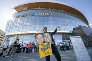 NBA: For the Warriors, new arena, new players and a shaky new start
