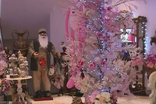 Higit 1,000 Santa figurines tampok sa Davao Christmas mansion