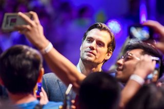 IN PHOTOS: 'The Witcher' star Henry Cavill meets fans in Manila