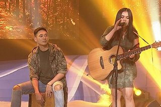 'Your Moment': Exes singing duo dominates 3-way showdown