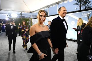 MLB: A-Rod, J-Lo eye bid for share of Mets -- report
