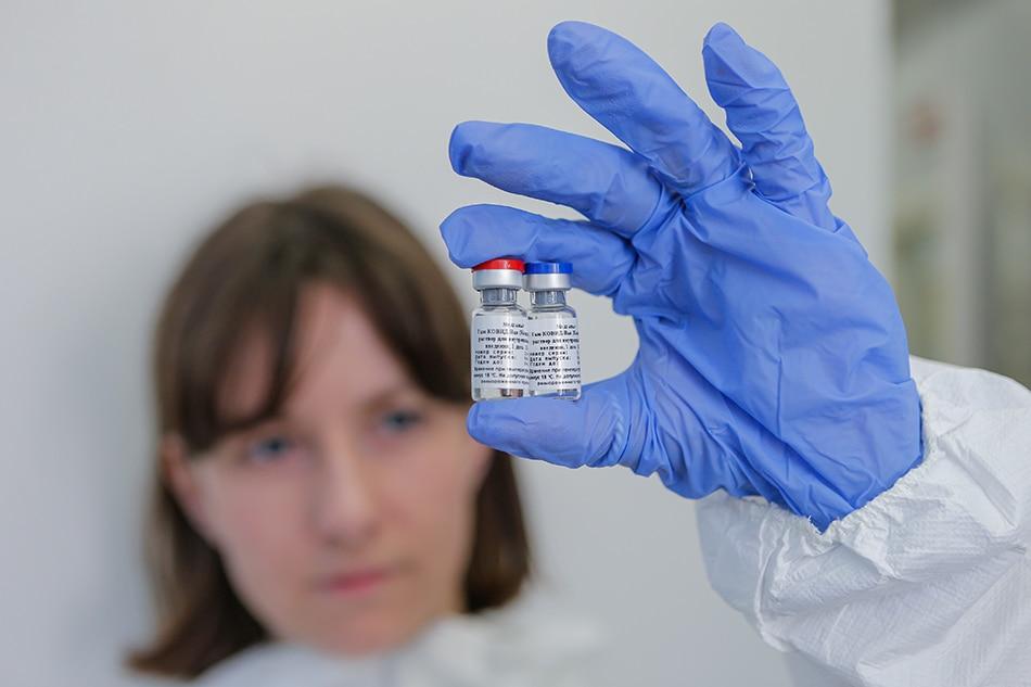 Russian official raises doubt on safety of UK, US coronavirus vaccine 1