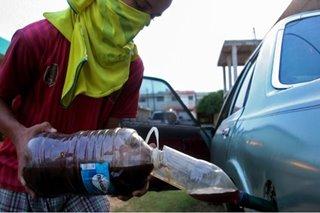 Smuggled gasoline rescues Venezuelans running on fumes