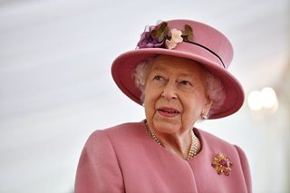 'Don't be selfish': Queen Elizabeth urges brits to get COVID-19 vaccine