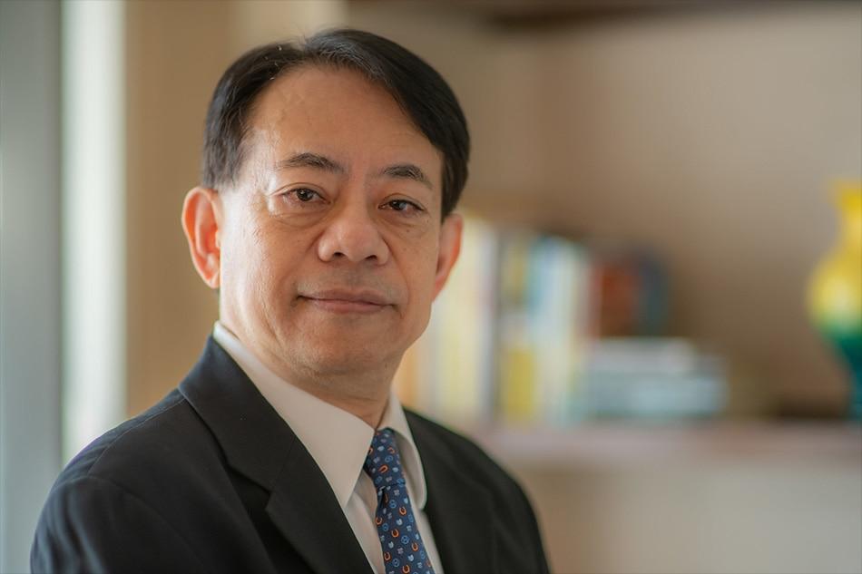 ADB's new president assumes office 1