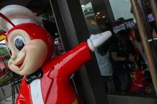 Jollibee draws long line, as chain opens new store in Texas