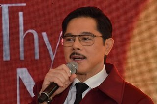 Actor Christopher de Leon tests positive for COVID-19