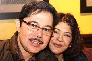 Christopher de Leon, Sandy Andolong mark 40th wedding anniversary