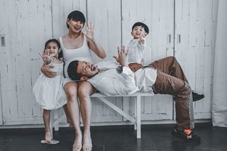 John Prats, Isabel Oli mark 5th wedding anniversary