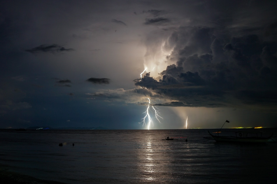 Lightning show in Balayan Bay