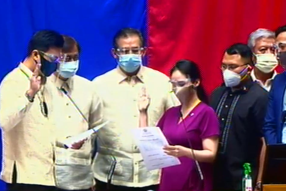Representative of controversial Duterte Youth party-list sworn in as House member 1
