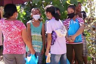 500 pamilya ng Isla San Miguel sa Albay hinatiran ng tulong
