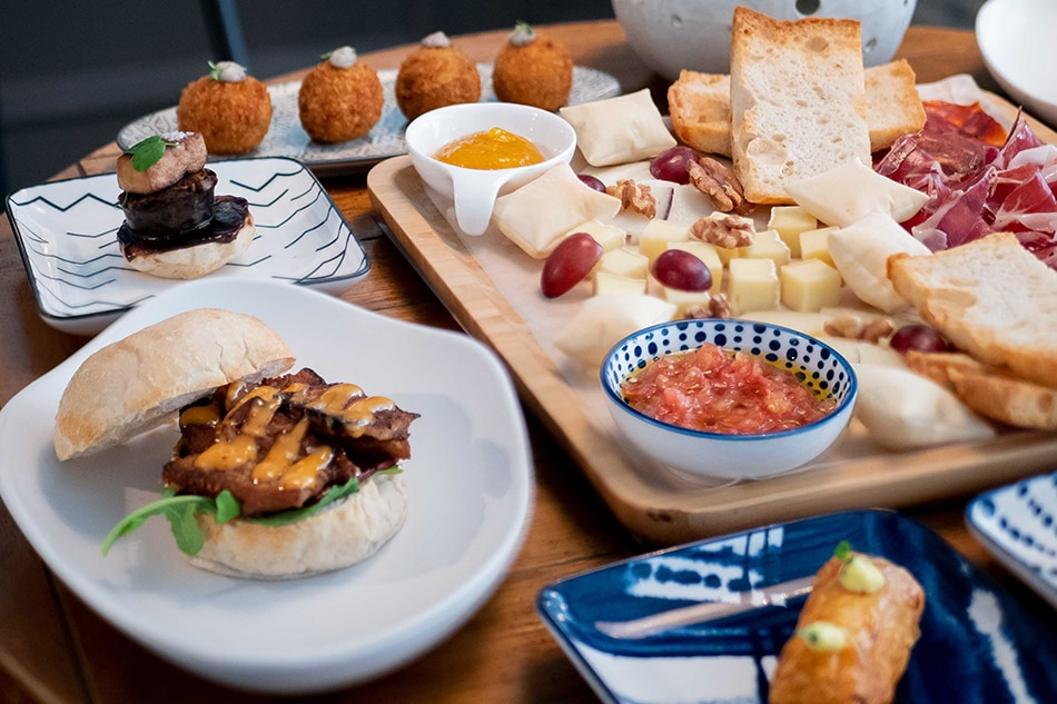 Food shorts: Christmas platters, new dishes, and more 5