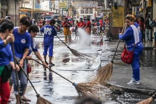 Vendors, truckers dumaing sa traffic, clearing ops dahil sa Traslacion