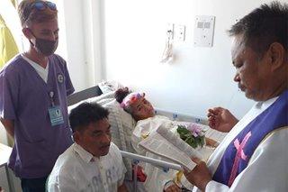 Babaeng may kanser, lalaking PWD ikinasal matapos ang 30-taong pagsasama