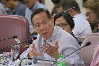 Duque takes responsibility in delay of financial aid to health workers