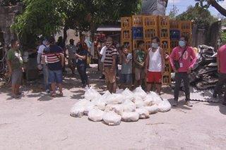 'Pantawid ng Pag-ibig': Relief goods, food packs hatid sa ilang barangay sa QC