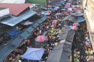 Drone video shows surge of market-goers in Blumentritt Market