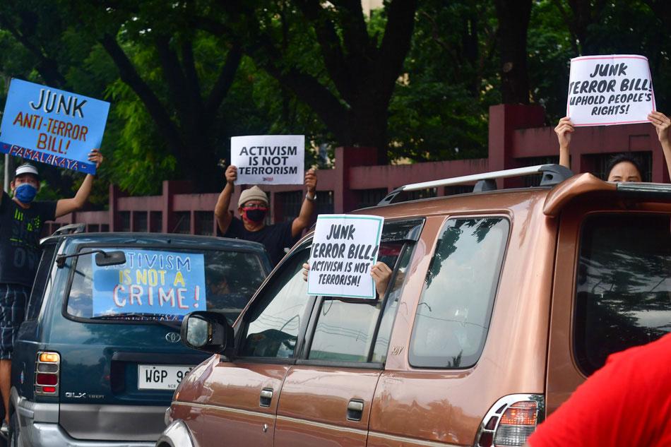 Protesters seek junking of anti-terror bill