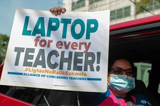 Thousands of teachers lack gadgets, internet to cope with pandemic: DepEd