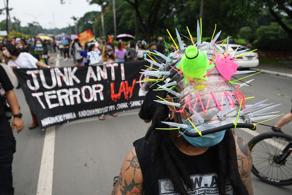 Terror law 'like a nightmare' for martial law survivors: Chiz 1