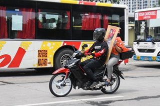 Motorcycle barriers may cause wind dragging, riders' group warns