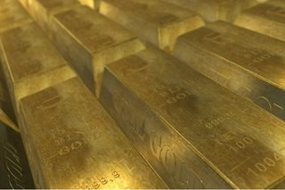 Gold hits new high; equities struggle on virus fears